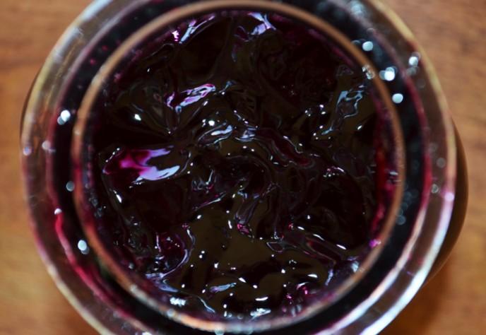 black grape and port wine preserve